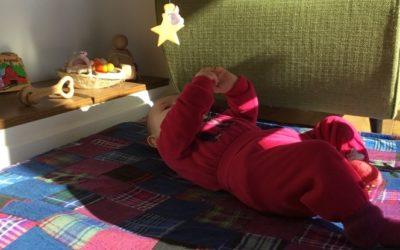 Vivo Montessori in famiglia: Il neonato e il suo primo ambiente a casa